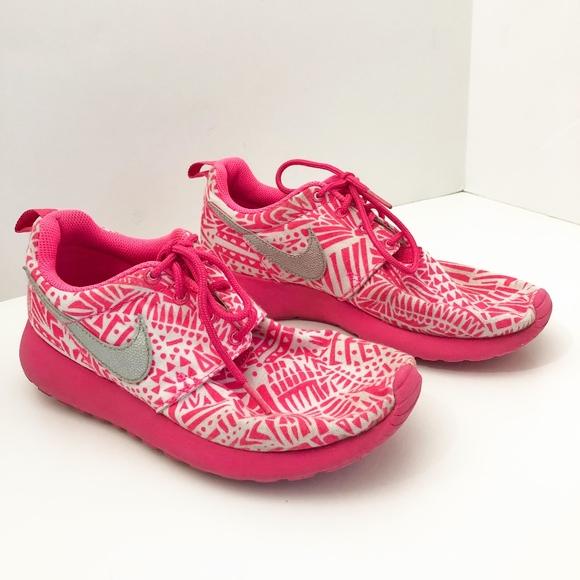 Nike Shoes | Girls Grade School Roshe